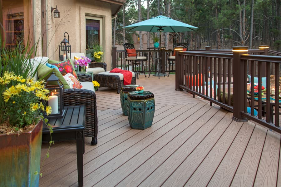 Deck With Rail Lights